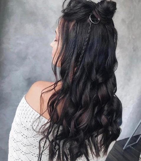 100+ Long Hairstyles To Choose From In 2020-32